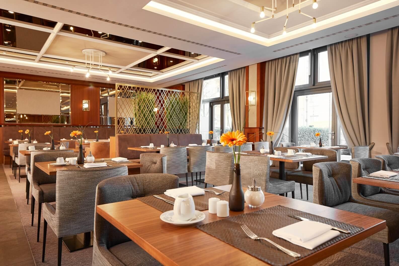 h-hotels_Restaurant-04-hyperion-hotel-berlin_Original-kommerz.-Nutzung-_2b28f923@2x