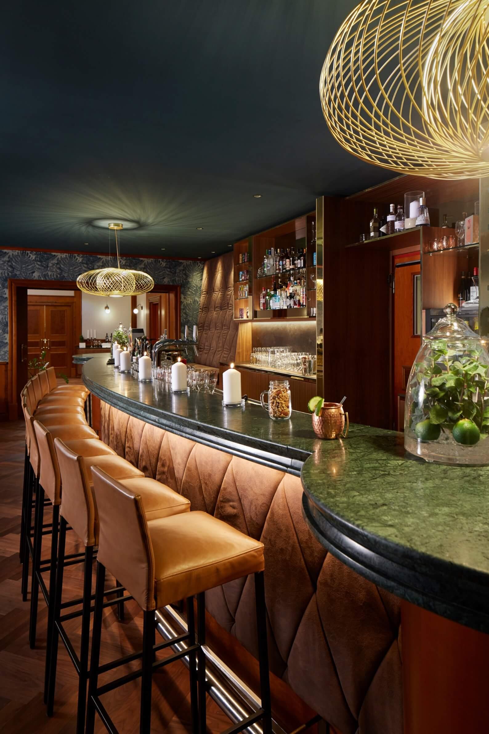 h-hotels_bar-01-hyperion-hotel-berlin_Original-kommerz.-Nutzung-_423ffa83@2x