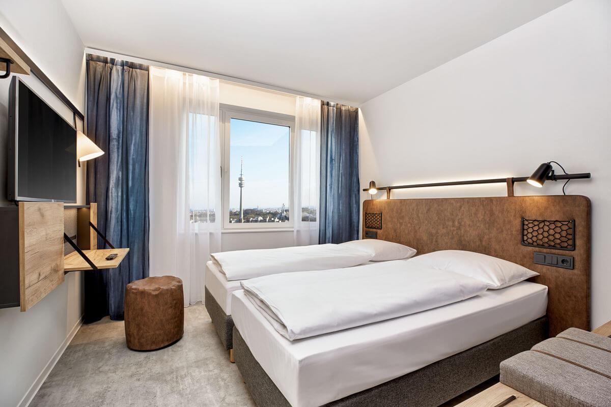 h-hotels_zimmer-doppelzimer-01-h2-hotel-muenchen-olympiapark_Original_kommerz._Nutzung__7cbd3c12-1200